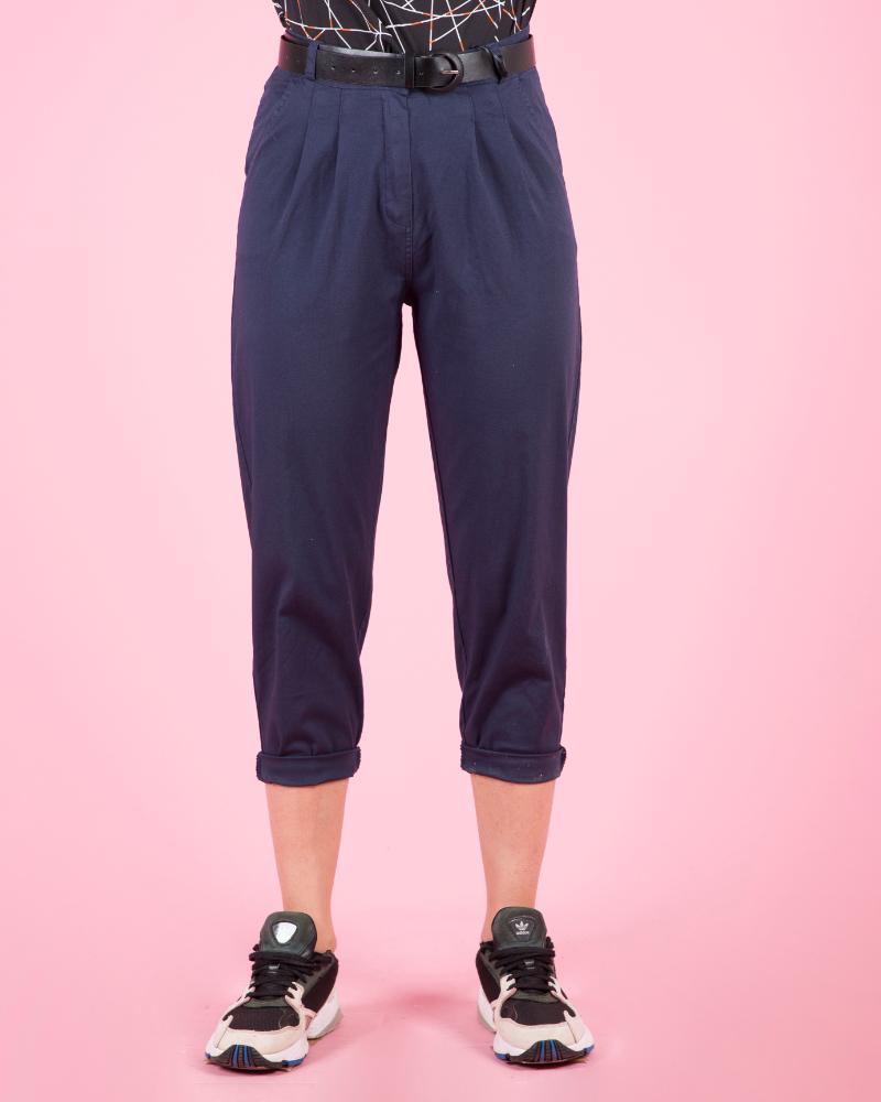 Pantaloni classici con cintura a vita